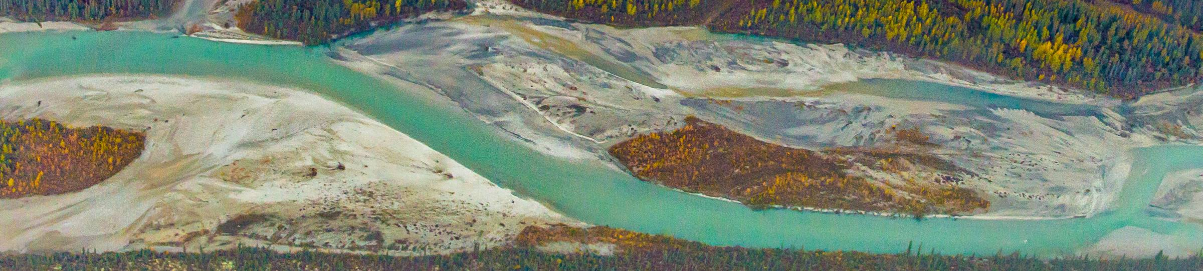 Landscape_river_from_above